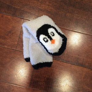 Cozy Old Navy Socks Penguins Women Size 9/11
